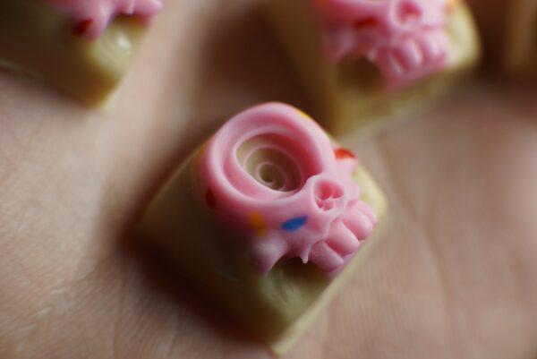 Sinssimps Doughnut - Uzu Shi